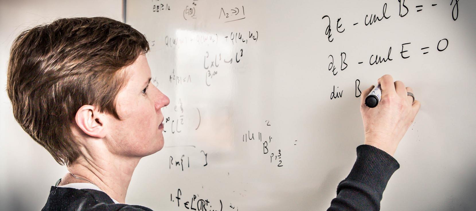 Directrice UFR Mathématiques